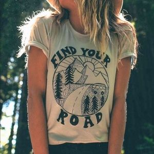 New Hippie Find Your Road Short Graphic T-Shirt